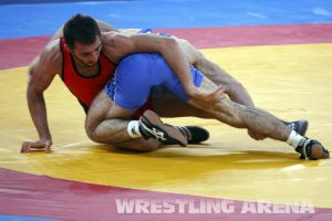 London2012FreestyleWrestling74kgTigiev Terziev (41).jpg