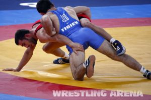London2012FreestyleWrestling74kgTigiev Terziev (46).jpg