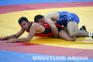 London2012FreestyleWrestling74kgTigiev Terziev (48).jpg