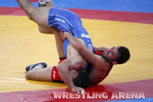 London2012FreestyleWrestling74kgTigiev Terziev (56).jpg