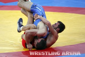London2012FreestyleWrestling74kgTigiev Terziev (58).jpg