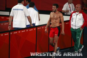London2012FreestyleWrestling74kgTigiev Terziev (74).jpg