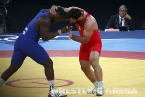 London2012GrecoRomanwrestling120kgLopez Pherselidze (3).jpg