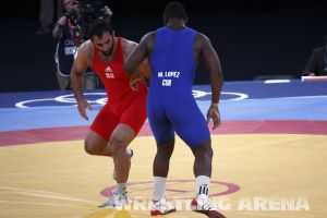 London2012GrecoRomanwrestling120kgLopez Pherselidze (4).jpg